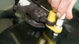 Полімер для ремонту скла автомобіля. Тріщина на лобовому склі: способи видалення